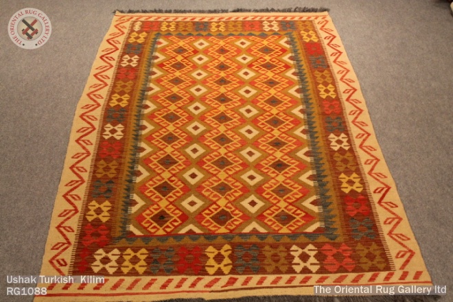 Ushak Turkish  Kilim