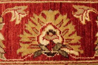 DECORATIVE AND TRADITIONAL-STYLE RUGS & CARPETS